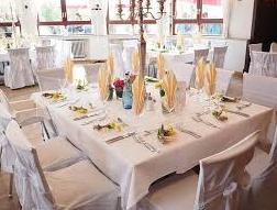 結婚式の招待状の返信はどうする?欠席の場合の書き方も